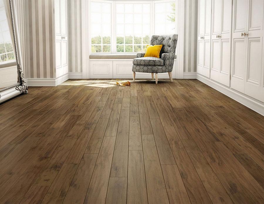 Instalaci n de suelos de madera natural tarima maciza y - Suelos de madera maciza ...