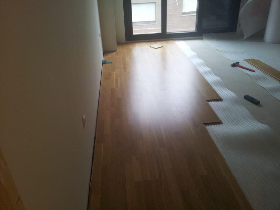colocacion-suelo-flotante-madera-8